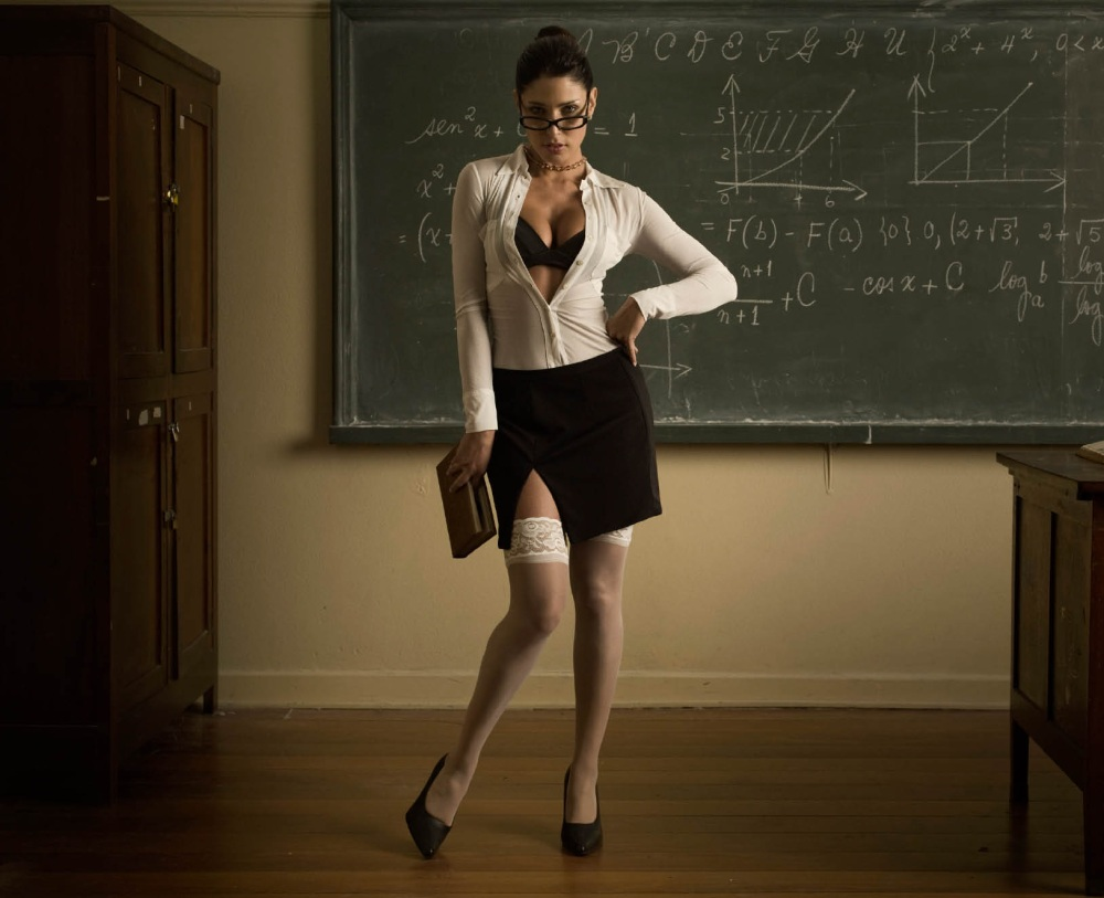 hot-teacher-1
